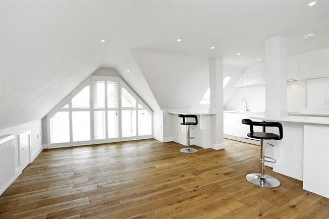 £1,095 per Calendar Month, 1 Bedroom Apartment To Rent in Great Missenden, HP16