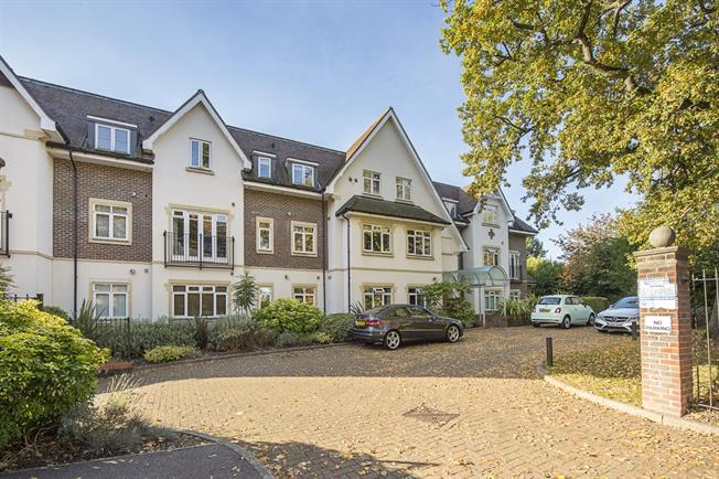 £1,100 per Calendar Month, 1 Bedroom Apartment To Rent in Beaconsfield, HP9