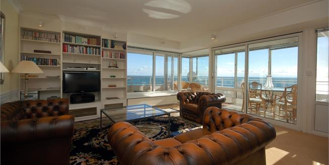 £2,950 per Calendar Month, 2 Bedroom Apartment To Rent in Brighton, East Sussex, BN1