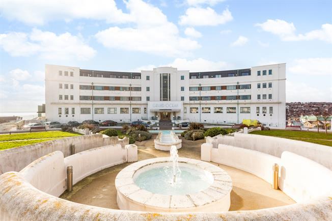 £1,395 per Calendar Month, 2 Bedroom Apartment To Rent in Saltdean, BN2