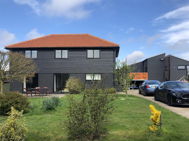 £4,333  per Calendar Month (Calculated), 4 Bedroom Detached House To Rent in Lewes, BN7
