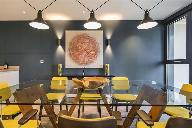 £1,490 per Calendar Month, 2 Bedroom Apartment To Rent in Sutton, SM1