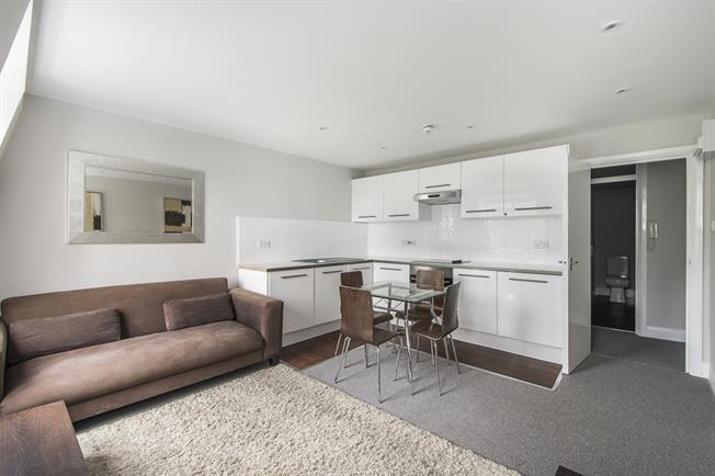 £2,275  per Calendar Month (Calculated), 2 Bedroom Flat To Rent in London, SW10