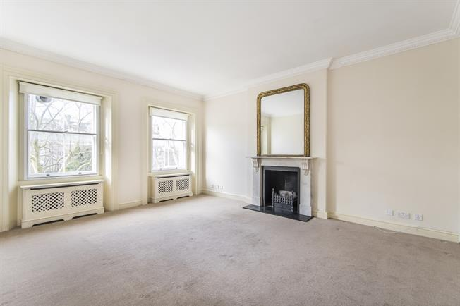 £4,983  per Calendar Month (Calculated), 3 Bedroom Flat To Rent in London, SW7