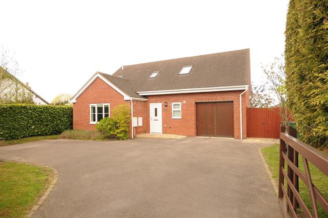 £1,395 per Calendar Month, 3 Bedroom Detached House To Rent in Cheltenham, GL51