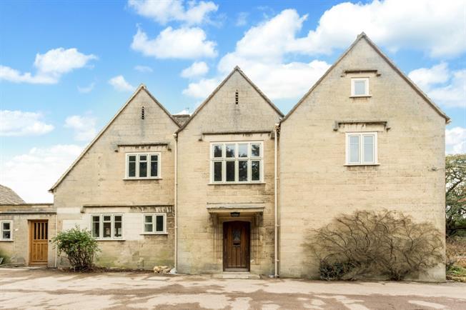 £2,995 per Calendar Month, 4 Bedroom Detached House To Rent in Stroud, GL6