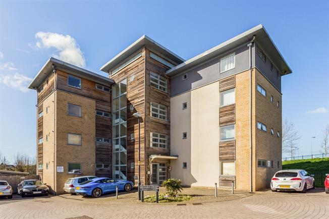£695 per Calendar Month, 2 Bedroom Apartment To Rent in Cheltenham, GL51