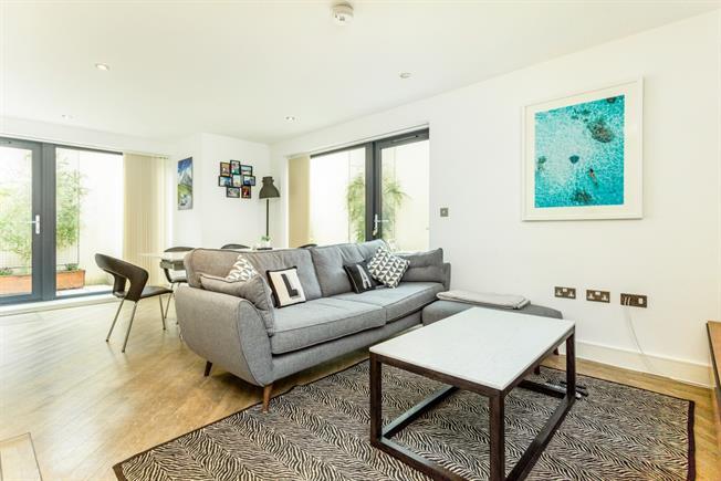 £1,595 per Calendar Month, 2 Bedroom Apartment To Rent in Cheltenham, GL50