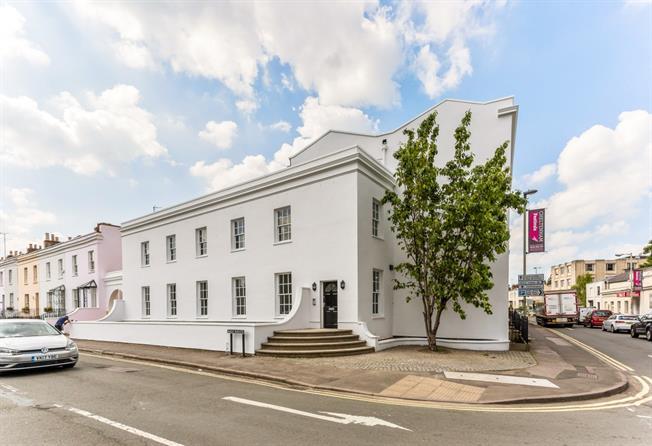 £695 per Calendar Month, 1 Bedroom Apartment To Rent in Cheltenham, GL53