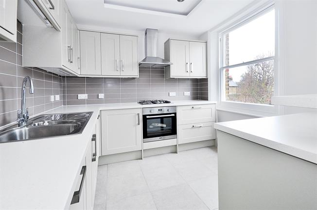 £2,101  per Calendar Month (Calculated), 2 Bedroom Flat To Rent in London, W4