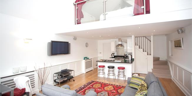 £3,033  per Calendar Month (Calculated), 1 Bedroom Flat To Rent in London, W4