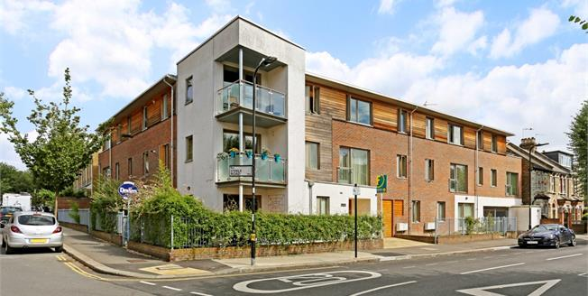 £3,466  per Calendar Month (Calculated), 2 Bedroom Flat To Rent in London, W4