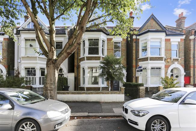 £5,416  per Calendar Month (Calculated), 5 Bedroom Detached House To Rent in London, W4