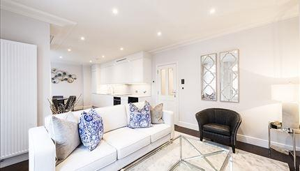 £4,333  per Calendar Month (Calculated), 3 Bedroom Flat To Rent in London, W6