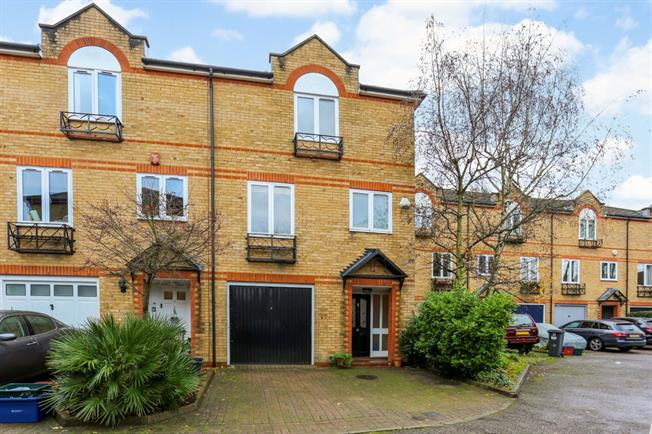 £2,925  per Calendar Month (Calculated), 3 Bedroom Terraced House To Rent in Chiswick, W4