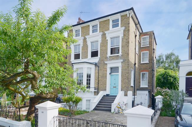 £2,036  per Calendar Month (Calculated), 2 Bedroom Flat To Rent in London, W4