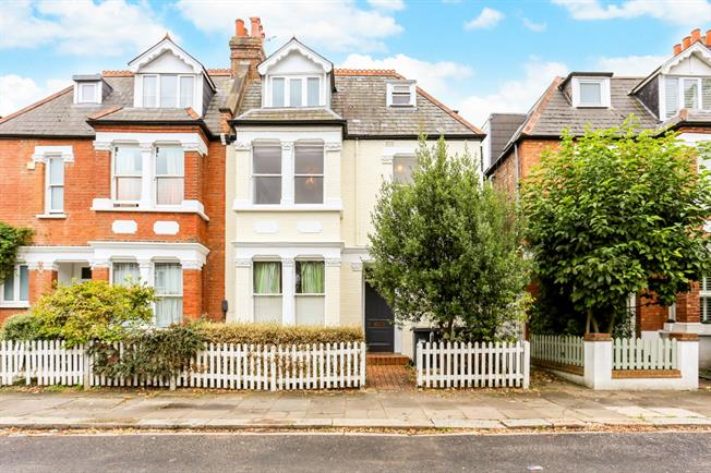 £1,755  per Calendar Month (Calculated), 2 Bedroom Flat To Rent in London, W4