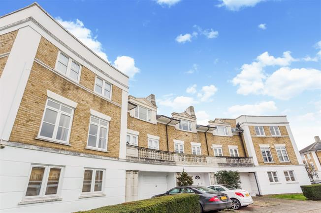 £3,878  per Calendar Month (Calculated), 4 Bedroom Terraced House To Rent in London, W4