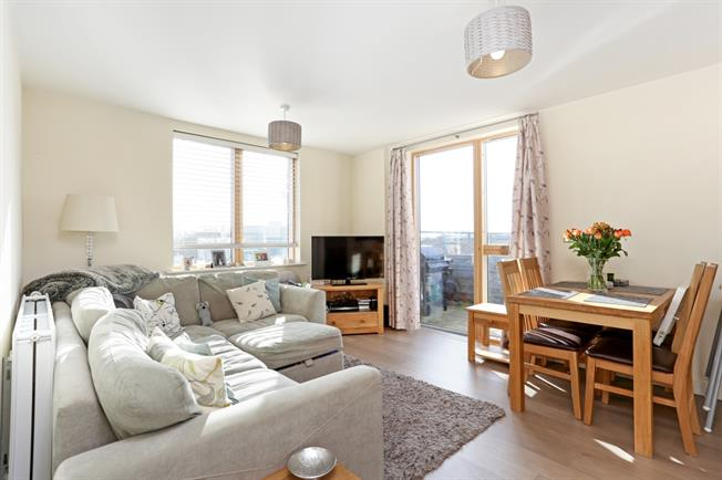 £1,950  per Calendar Month (Calculated), 2 Bedroom Apartment To Rent in London, W4