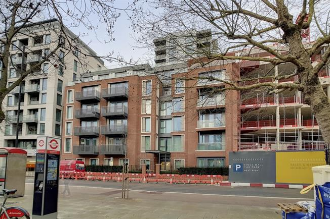 £3,683  per Calendar Month (Calculated), 3 Bedroom Apartment To Rent in London, W6