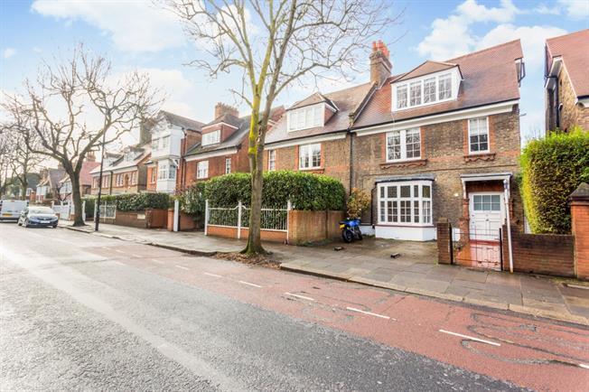 £2,300 per Calendar Month, 2 Bedroom Flat To Rent in London, W4