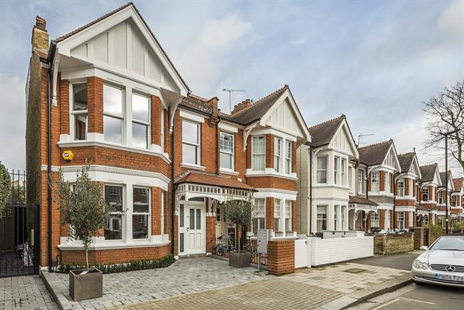 £9,533  per Calendar Month (Calculated), 4 Bedroom Semi Detached House To Rent in London, W4