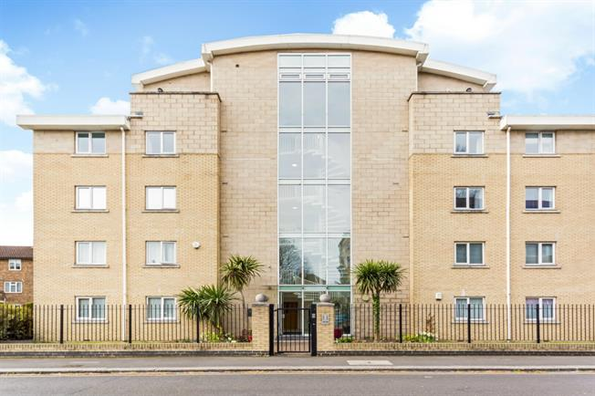 £1,841  per Calendar Month (Calculated), 2 Bedroom Apartment To Rent in London, W4