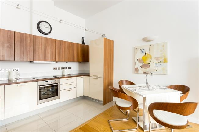 £1,646  per Calendar Month (Calculated), 1 Bedroom Flat To Rent in London, W3