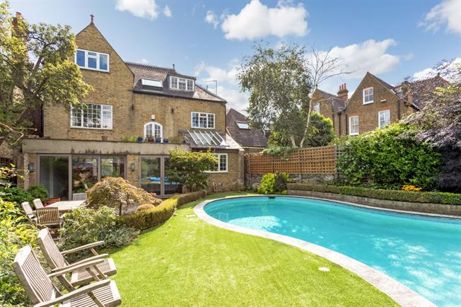 £8,753  per Calendar Month (Calculated), 6 Bedroom Detached House To Rent in London, W4