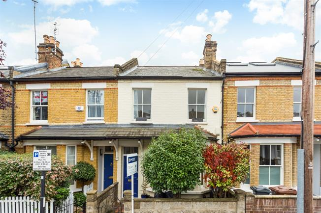 £2,816 per Calendar Month, 2 Bedroom Terraced House To Rent in Chiswick, W4
