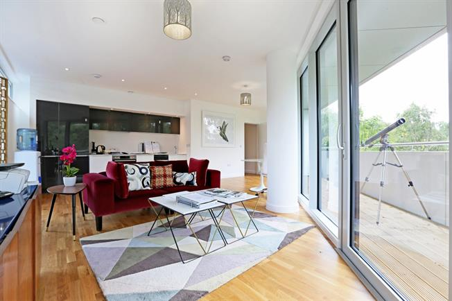 £2,383 per Calendar Month, 2 Bedroom Apartment To Rent in London, W4