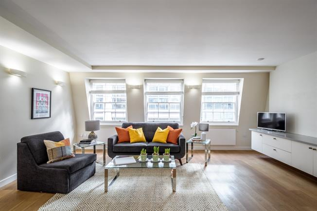 £3,791  per Calendar Month (Calculated), 2 Bedroom Apartment To Rent in London, EC4A