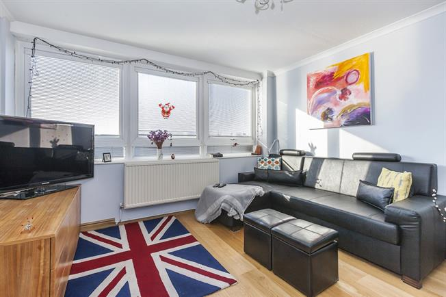£1,625  per Calendar Month (Calculated), 1 Bedroom Flat To Rent in London, EC1Y