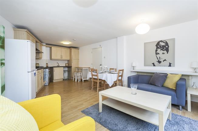 £1,950  per Calendar Month (Calculated), 2 Bedroom Flat To Rent in London, E1