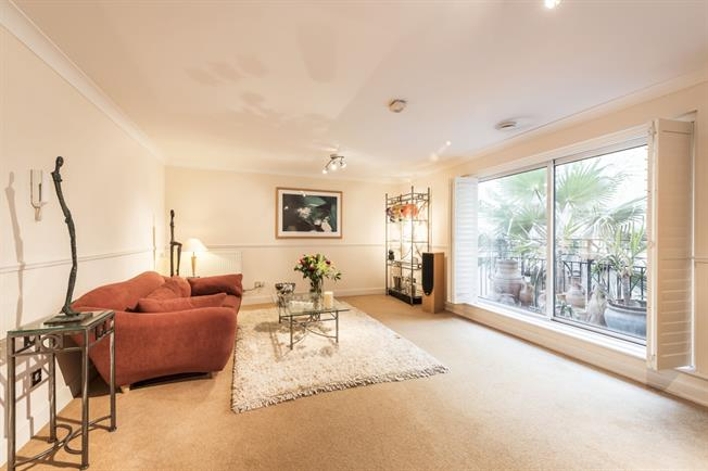 £1,841  per Calendar Month (Calculated), 1 Bedroom Apartment To Rent in London, EC4V