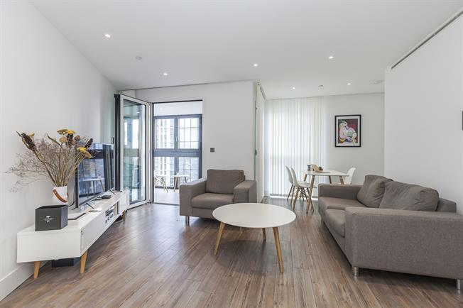 £2,491  per Calendar Month (Calculated), 1 Bedroom Apartment To Rent in London, E1