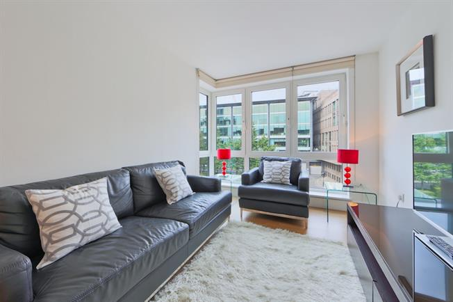 £1,950  per Calendar Month (Calculated), 1 Bedroom Apartment To Rent in London, EC4V