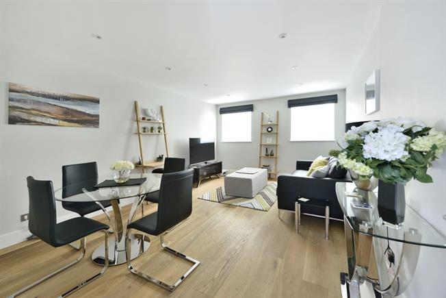£2,816  per Calendar Month (Calculated), 2 Bedroom Apartment To Rent in London, EC4V