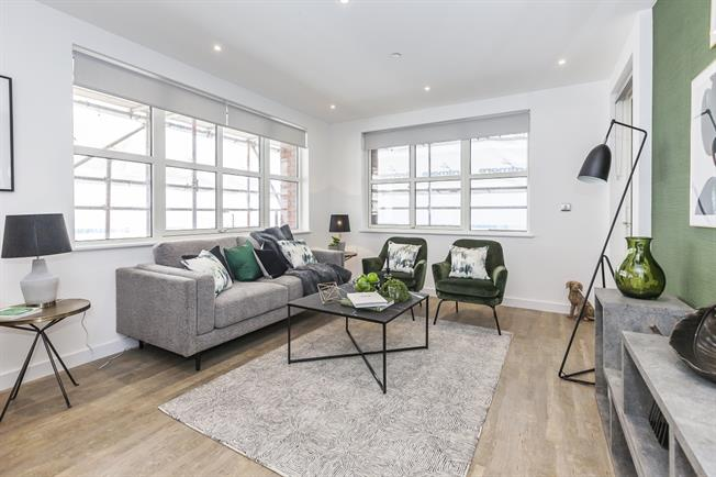 £1,850 per Calendar Month, 1 Bedroom Apartment To Rent in London, SE16