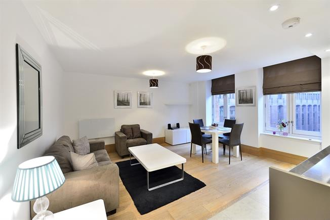 £2,925  per Calendar Month (Calculated), 1 Bedroom Apartment To Rent in London, E1