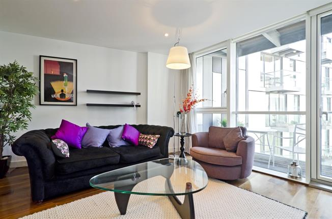 £2,535  per Calendar Month (Calculated), 2 Bedroom Apartment To Rent in London, E1