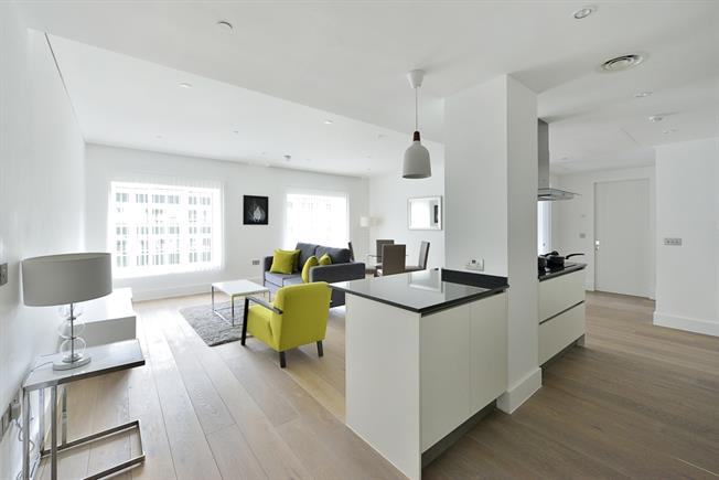 £4,983  per Calendar Month (Calculated), 2 Bedroom Apartment To Rent in London, WC2B