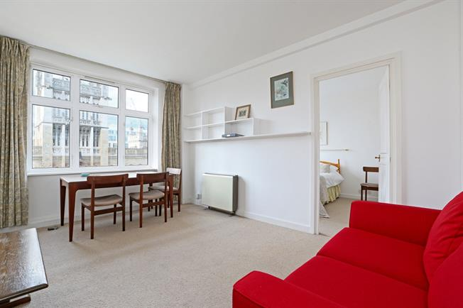 £1,581  per Calendar Month (Calculated), 1 Bedroom Flat To Rent in London, EC4A