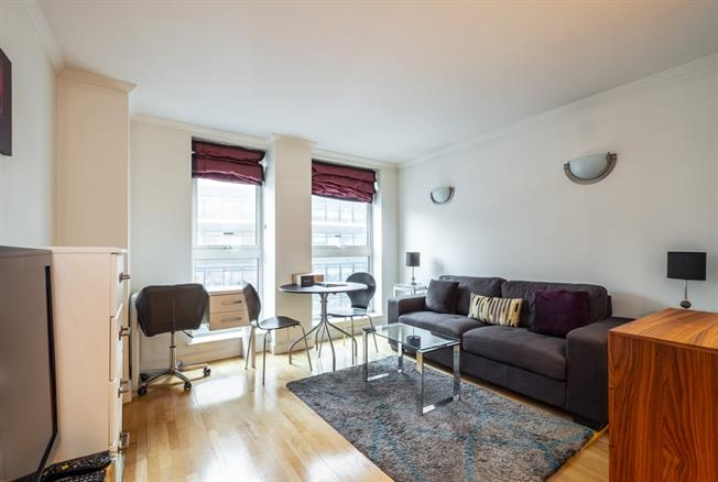 £2,000 per Calendar Month, 1 Bedroom Apartment To Rent in London, WC1V