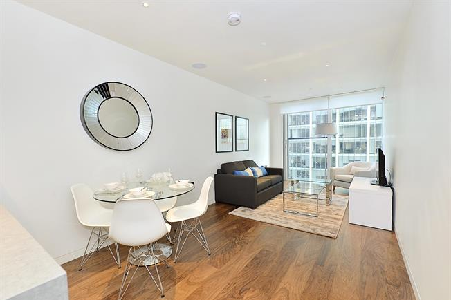 £2,816  per Calendar Month (Calculated), 1 Bedroom Apartment To Rent in London, EC2Y