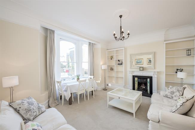 £1,997  per Calendar Month (Calculated), 2 Bedroom Flat To Rent in London, SW4