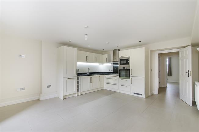 £1,885  per Calendar Month (Calculated), 2 Bedroom Flat To Rent in Clapham, SW4