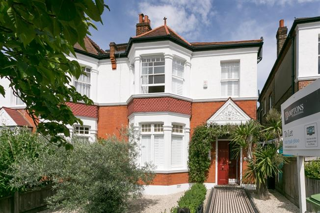 £4,750 per Calendar Month, 5 Bedroom House To Rent in London, SE22