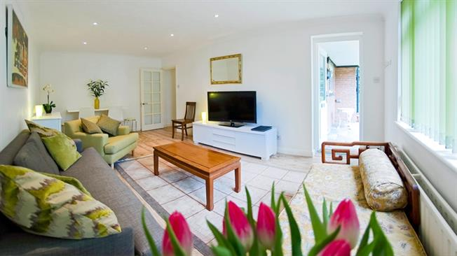 £6,968  per Calendar Month (Calculated), 2 Bedroom Apartment To Rent in Esher, Surrey, KT10
