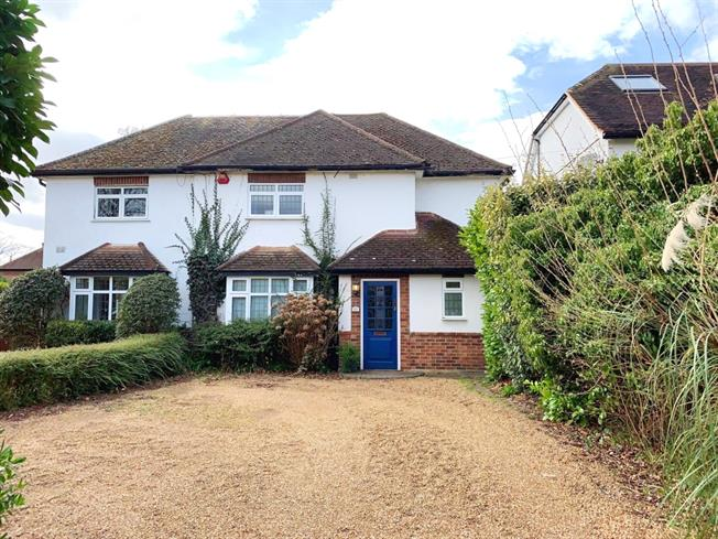 £2,350 per Calendar Month, 3 Bedroom Semi Detached House To Rent in Esher, KT10